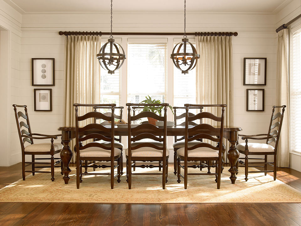 Dining room collections fitterer 39 s furniture for Furniture ellensburg